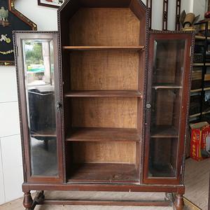 造型漂亮柚木古董柜