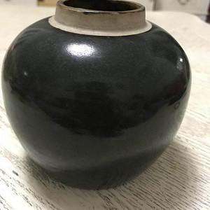 金牌 清代茶叶末釉小罐