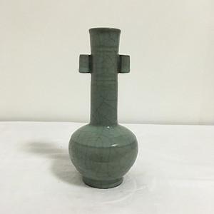 官窑三孔瓶