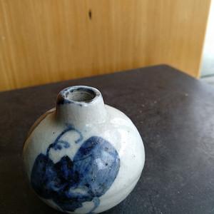 清早期青花人物小水滴,高:4.3Cm文房佳器。