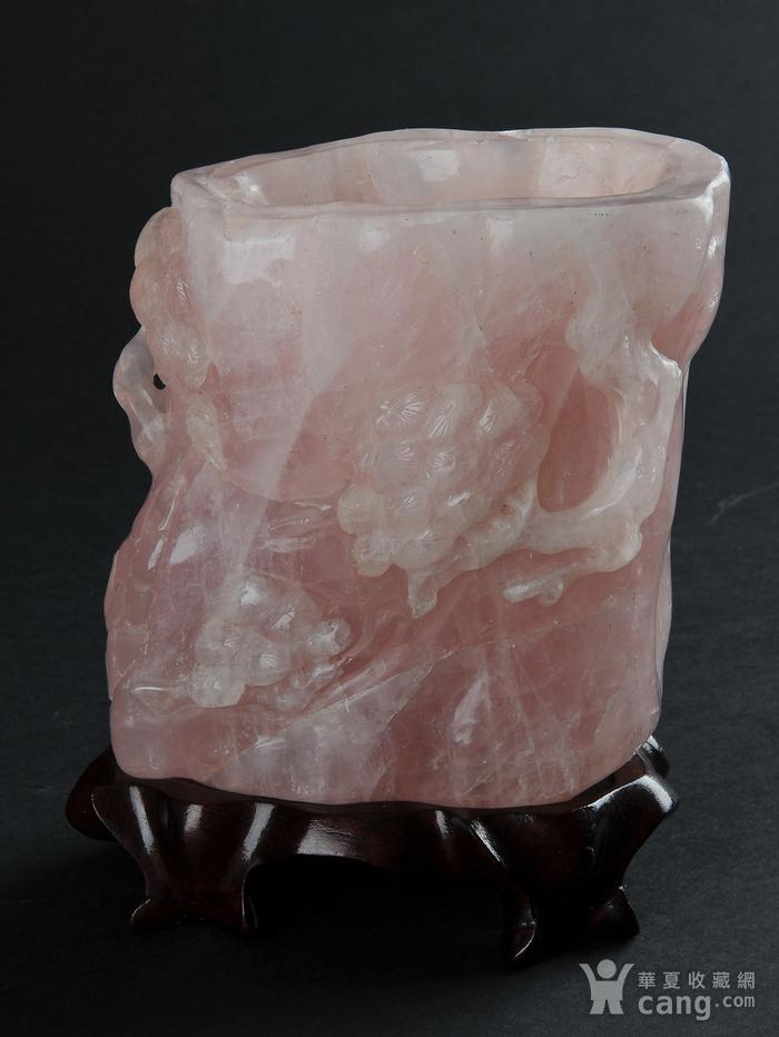 欧美回流 天然粉水晶随形雕笔筒图1
