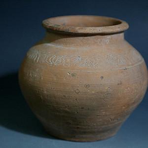 金牌 红陶罐