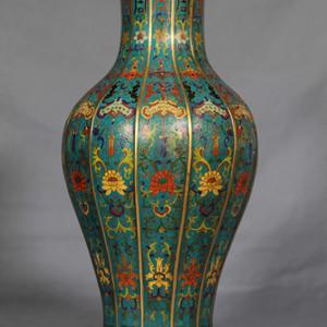 乾隆年制 款厚胎铜鎏金景泰蓝 掐丝珐琅 开光赏瓶