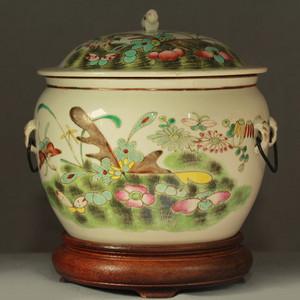 晚清粉彩虫草花卉纹满工盖罐带老木座