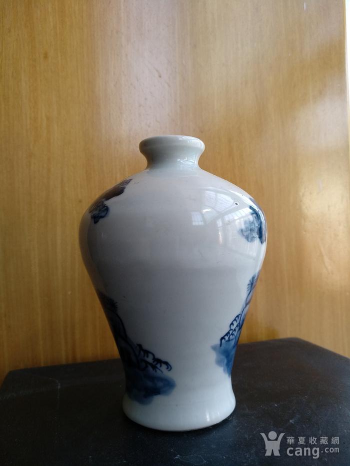 欧洲回流,青花人物梅瓶,高:11Cm。图6