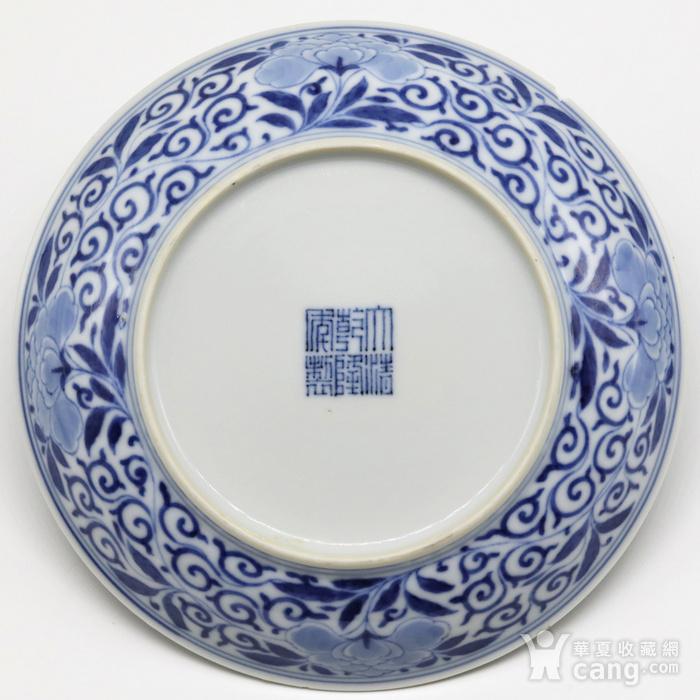 清乾隆 官窑青花缠枝山茶花纹盘一对图7