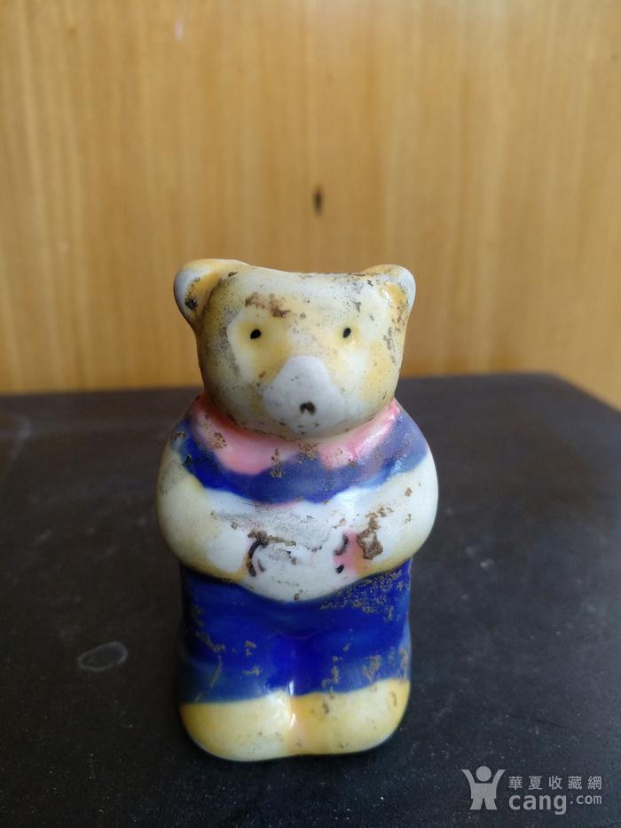 清,彩釉熊型烛台高:5Cm。图2