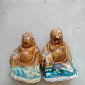 宋 元,彩釉罗汉座像,高3.7   3.3Cm