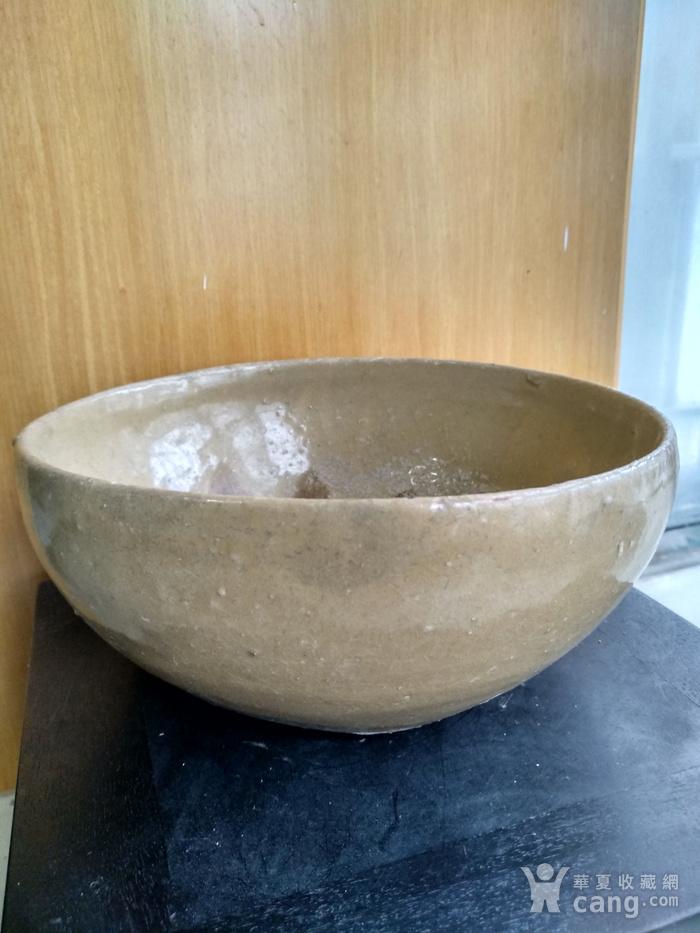 唐,越窑钵,高7Cm,口径16.6 15.9Cm。图4