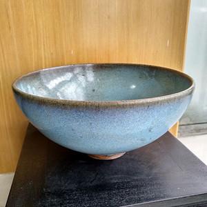 宋 元钧窑碗。口径17.5Cm,高85Cm。