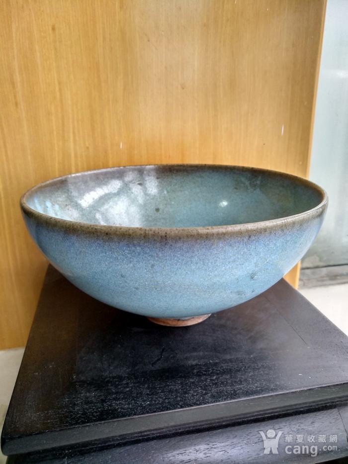 宋 元钧窑碗。口径17.5Cm,高85Cm。图1