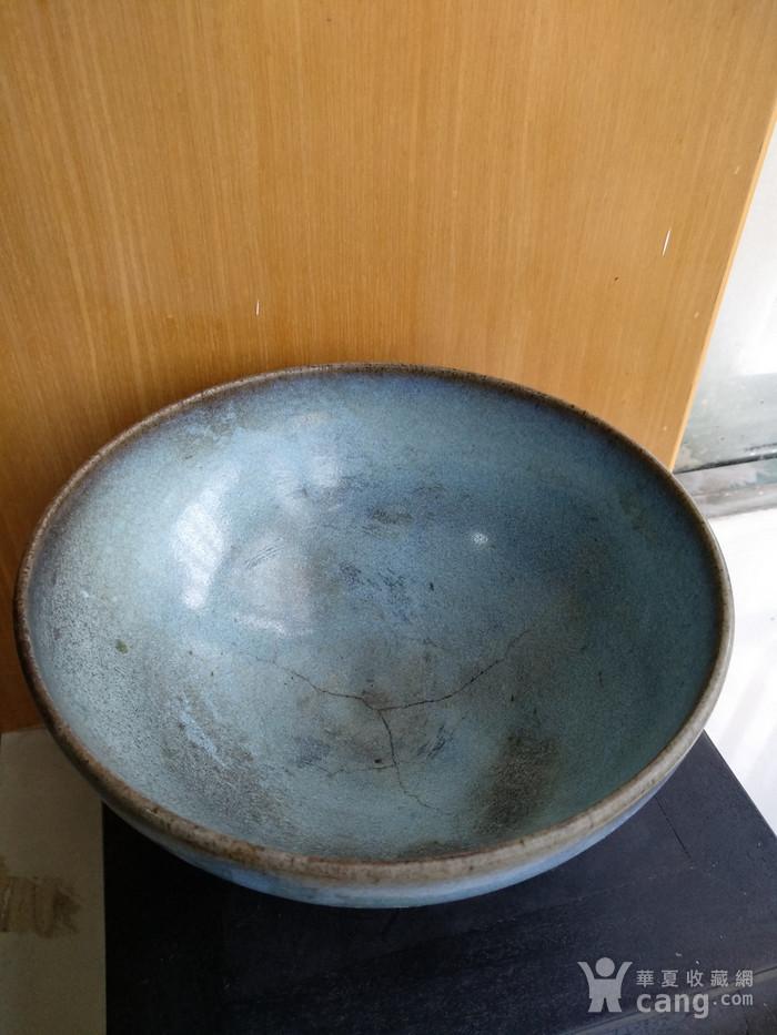 宋 元钧窑碗。口径17.5Cm,高85Cm。图3