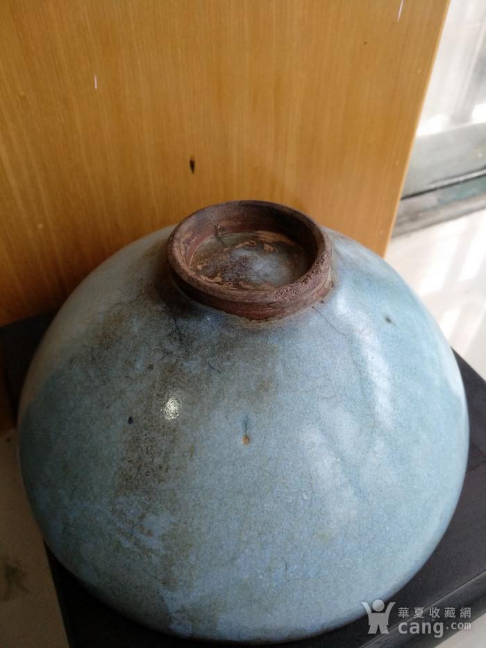 宋 元钧窑碗。口径17.5Cm,高85Cm。图7