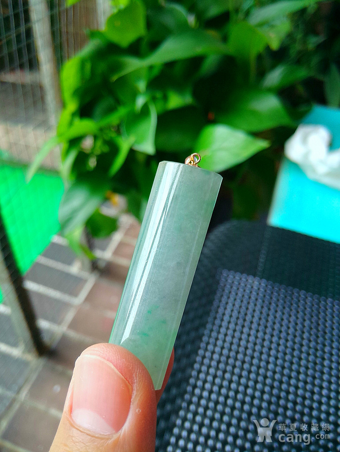 18k金冰润满绿拎管图1