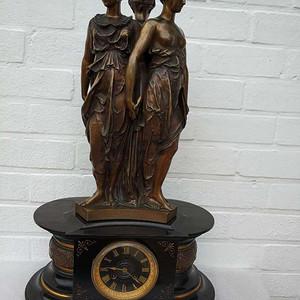 十八世纪世界著名瑞士钟表制造商造铜雕美惠三女神大理石底座座钟 欧洲直邮