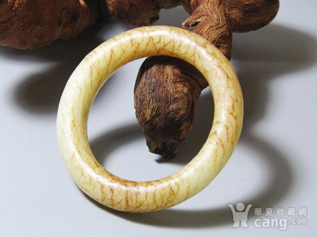 明 和田玉白玉 袈裟环 包浆熟润 沁色自然图8