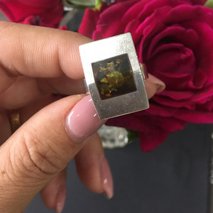 8086欧洲回流老银绿珀戒指