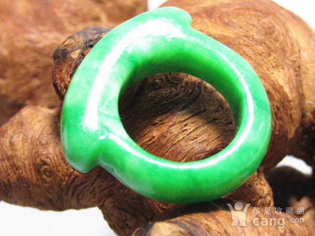 老坑翡翠 马镫戒指 造型古朴图5