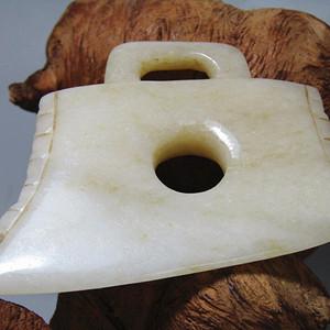 重器重器明和田白玉 出戟玉斧 料质极佳 包浆沁色到代