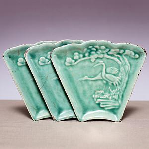 藏海淘 清浮雕风景走兽纹绿釉攒盘三个 JZ308