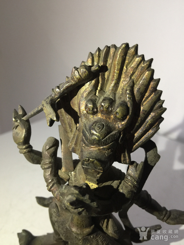 清代铜雕藏传佛教降阎魔尊图6