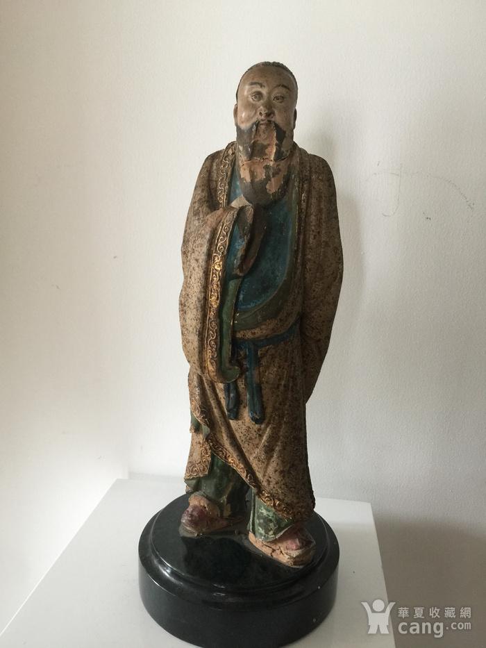 明代泥塑高士像图1