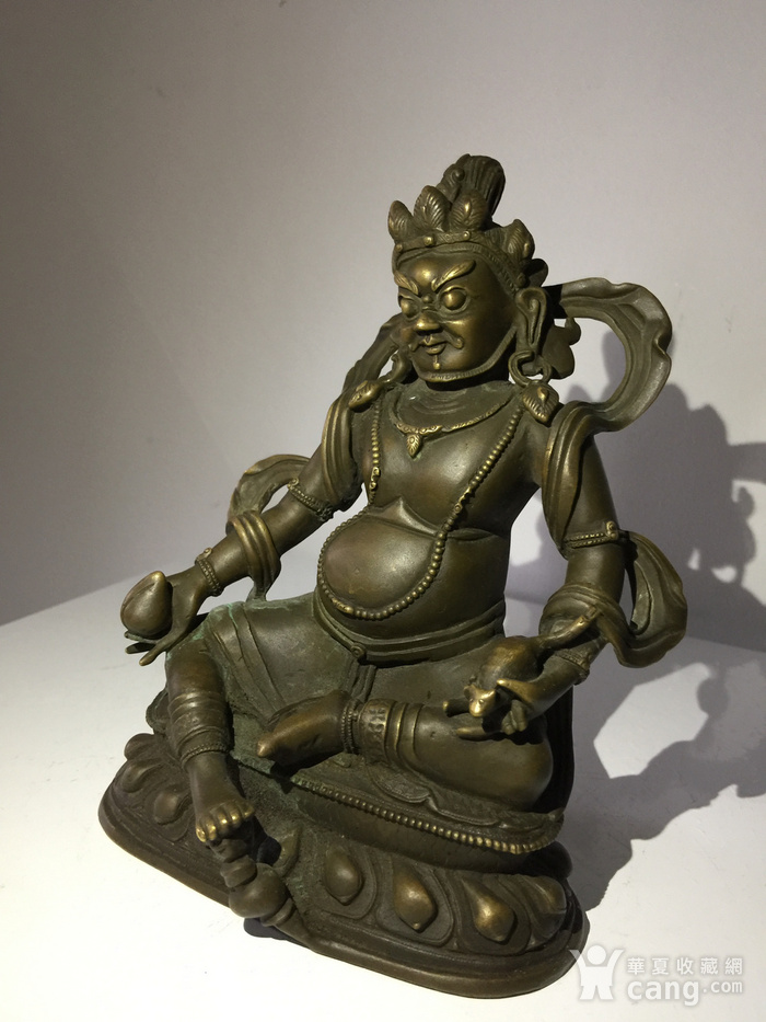 清代乾隆宫廷铜雕黄财神图2