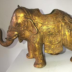 清代漆金佛教吉祥大象熏炉