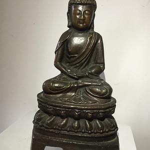 明代铜雕释迦牟尼佛