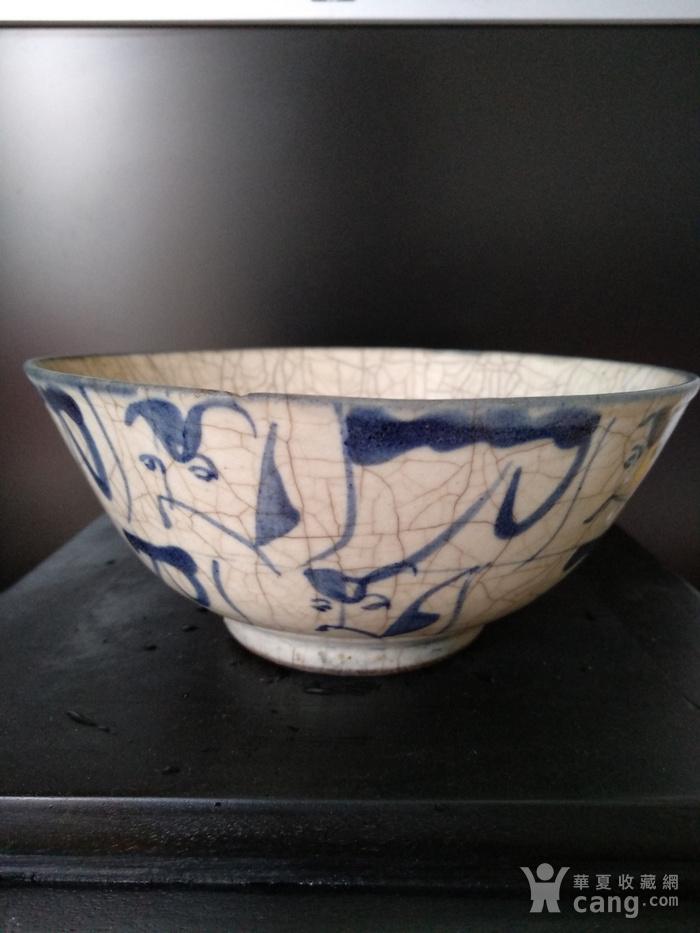 明 清青花哥釉碗,纹饰稀有图2