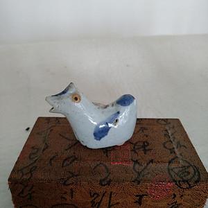 清代青花鸡型小水滴,宽6Cm,高4.5Cm,文房佳器。