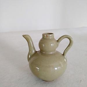 明晚豆青釉葫芦型酒壶,高8.3Cm