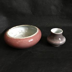 两个精美的清代缸豆红水洗