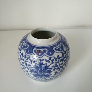 清代青花水盂,高:8.5Cm文房佳器。