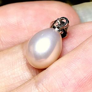 完美无瑕!超强光泽纯天然珍珠浪漫香槟粉色水滴吊坠!