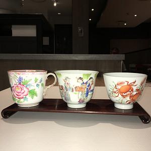 清代粉彩精品大瓷杯子一加三