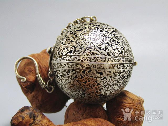 唐 手工打造崭刻 银质 熏香球图2