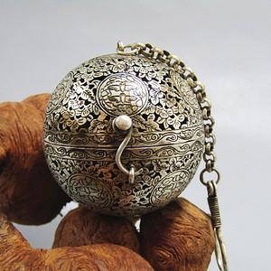 唐 手工打造崭刻 银质 熏香球