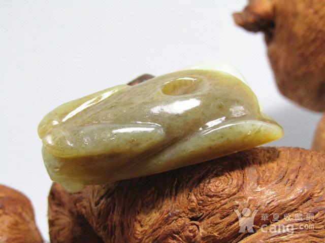 清和田玉挂糖色 蝉 挂件 玉质极为熟润图3