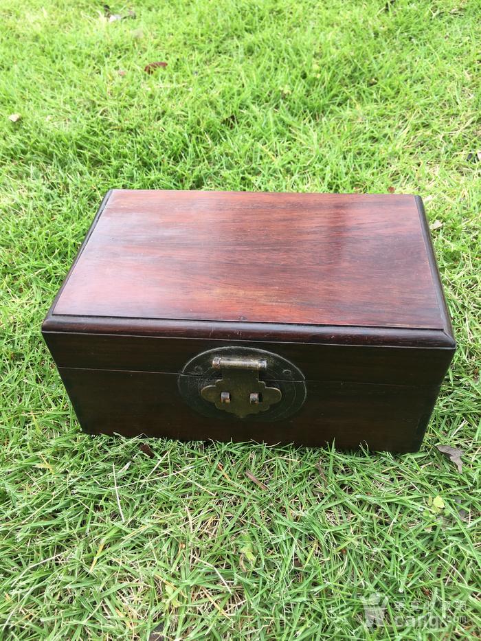 红木小盒图1