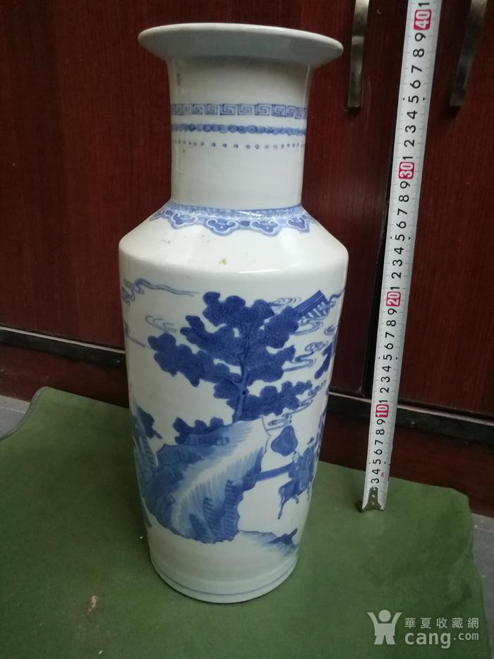 青花棒槌瓶图3