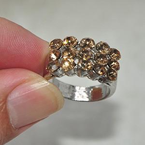 5.5克镶水晶戒指