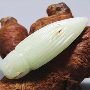 晚清和田白玉籽料 蝉挂件 玉质及其熟润 包浆老厚