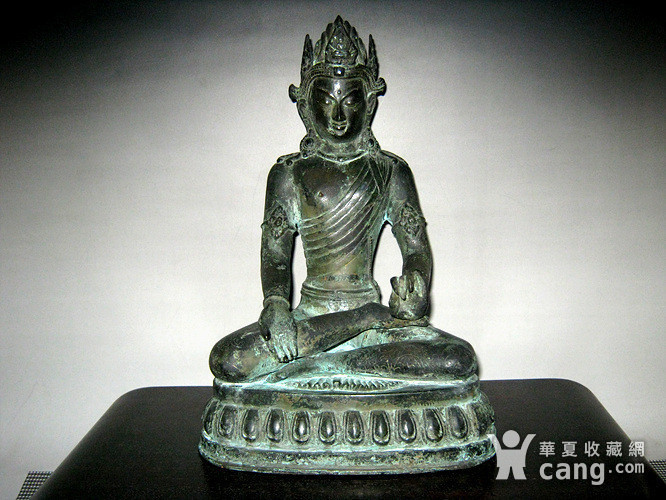 回流清代藏传大型铜佛图1