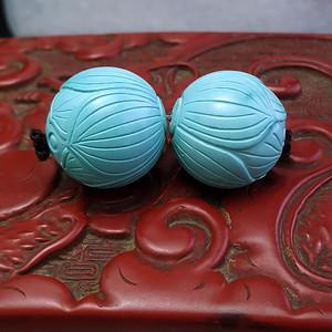 保真精品25.28克高瓷原矿松石雕刻莲花珠一对