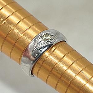 3.1克镶水晶戒指