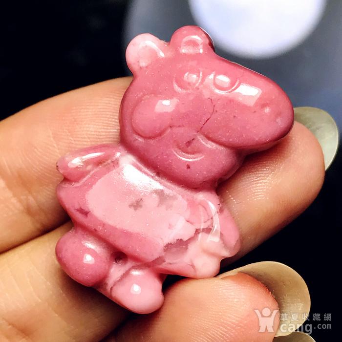 风靡全球小猪佩奇!美国蔷薇辉石桃花玉满色雕刻社会猪可爱小猪图2