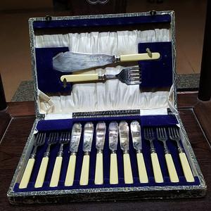 欧洲回流特大19世纪精品餐具14件套