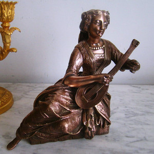 珍品 18世纪法国铜弹琴少女铜造像