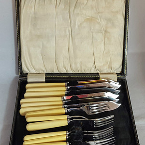 欧洲回流19世纪精品餐具12件套